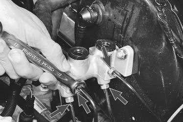 Замена главного тормозного цилиндра Лада Ларгус